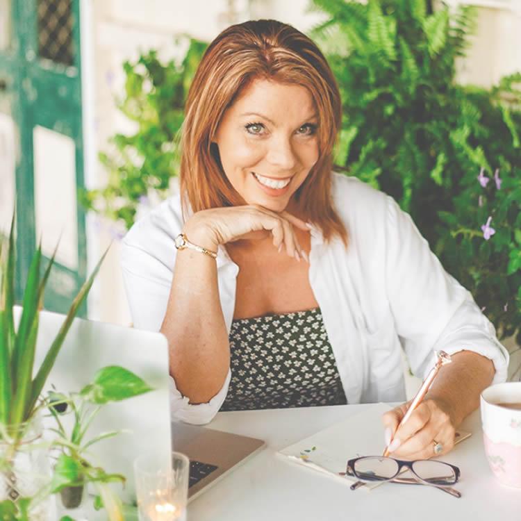 Laura Laurenson